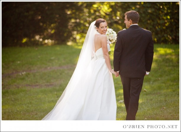 How to Take Photos on a Sunny Wedding Day